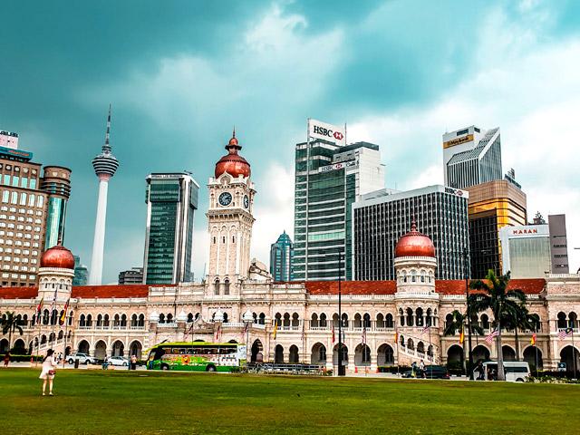 Kuala Lumpur Travel - Merdeka Square